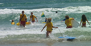 7d89c1bdf51e jr lifeguards heading out in the ocean